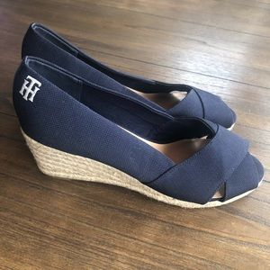 Tommy Hilfiger/ wedge shoe